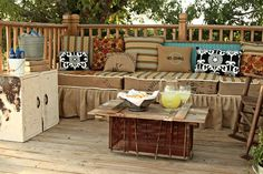 Pallet Furniture, add burlap for great outdoor furniture!  Great link for everything PALLETS and all DIY!