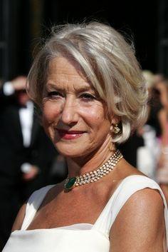 Helen Mirren Photo - 58th Annual Primetime Emmy Awards - Arrivals