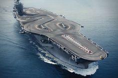 Das cool!! Dat wil ik zien !! Watch BMW M4 Drift Around Aircraft Carrier Racetrack | HiConsumption
