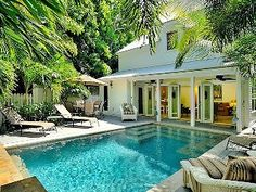 'SOUTHERN STAR' @ WILLIAM STREET' Historic 3BR/3BA Home with Pool...