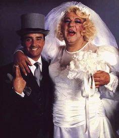 Le Clown, Gif Animé, Comedians, Vintage Photos, Captain Hat, Actors, Blog, Stupid, Portraits
