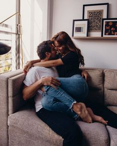Cute Couples Photos, Cute Couple Pictures, Cute Couples Goals, Couples In Love, Couple Goals, Romantic Couples Photography, Romantic Photos, Couple Photography Poses, Intimate Couples