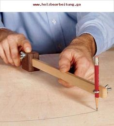 Scrapwood Trammel Woodworking Plan, Workshop & Jigs Jigs & Fixtures Workshop & J… - Woodworking Diy Small Woodworking Projects, Woodworking Furniture Plans, Woodworking School, Learn Woodworking, Popular Woodworking, Woodworking Crafts, Woodworking Jigsaw, Woodworking Magazine, Woodworking Garage