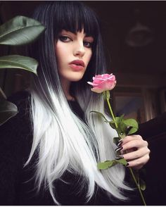 You can never go wrong with ombre hair when you're looking to give yourself a complete makeover. Take your hair on a wild adventure with these sassy ombre hair ideas. White Ombre Hair, Best Ombre Hair, Silver Ombre, Ombre Hair Color, Silver Hair, Wig Hairstyles, Straight Hairstyles, Long Haircuts, Lush Wigs
