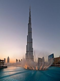 DUBAI - UNITED ARAB EMIRATES. Burj Khalifa (from Twitter photo).  #dubai #uae
