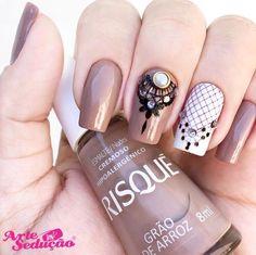 Gorgeous Nails, Pretty Nails, Unicorn Nails Designs, Line Nail Art, Lines On Nails, Geometric Nail Art, Lace Nails, Luxury Nails, Nagel Gel