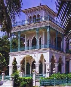 Grand mansion from the opulent world of the Spanish Creole ...