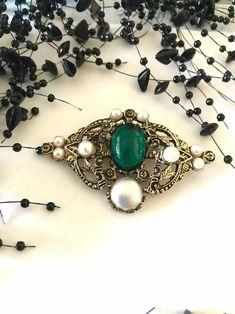 Emerald rhinestone brooch faux pearl accent mid century | Etsy