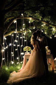 Романтическая фотозона на свадьбу