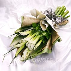 local flowers shop, floral wild online florist, how to send flowers to nairobi kenya Beautiful Bouquet Of Flowers, Love Flowers, Dried Flowers, Send Flowers, Funeral Bouquet, Funeral Flowers, Bouquet Wrap, Hand Bouquet, How To Wrap Flowers