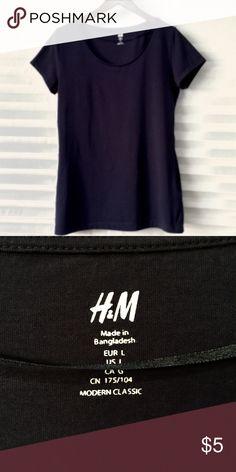 Navy Blue H&M Shirt Sleeve Top - Never worn Navy Blue H&M Shirt Sleeve Top - Never worn, Size L H&M Tops Tees - Short Sleeve