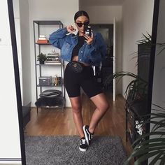 Bike Shorts Outfit Tips Source by womanfashiontrend outfits spring Chill Outfits, Mode Outfits, Short Outfits, Trendy Outfits, Fashion Outfits, Classy Outfits, Womens Fashion, Fashion Trends, Spring Outfits For School