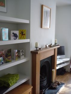 Simple shelves fitted into alcoves are probably the thing I am asked to build more often than anything else. The MDF shelves pictured here are an excellent and affordable was … Living Room Shelves, Living Room Storage, New Living Room, Interior Design Living Room, Home And Living, Living Room Decor, Alcove Bookshelves, Alcove Shelving, Alcove Storage
