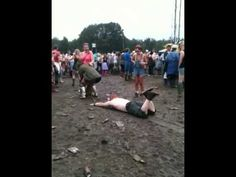 37 things you never want to see at a festival | Moshcam