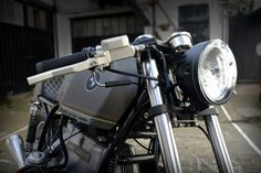 D-Lucks RBK R80 | A beautiful custom '73 BMW R80/7