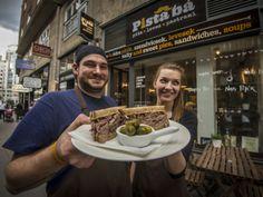 Pista bá' - Helyek   Ízes Élet - Gasztronómia a mindennapokra Street Food, Budapest, Meals, Meal, Yemek, Food, Nutrition