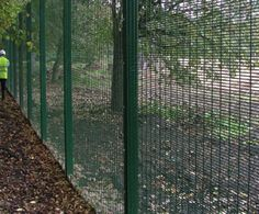 Options Best Fencing: ✓ Green Blade PVC Garden Fence ✓ Fencing ✓ Forest Garden Superlap Panel ✓ Steel path and border edging ✓ Forest garden feather edge fence panel. Feather Edge Fence Panels, Mesh Fencing, Forest Garden, Garden Edging, Wire Mesh, Amazing Gardens, Outdoor Living, Things To Come, Outdoor Structures