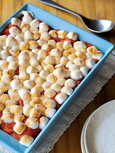 Sweet Potato Casserole with Marshmallow Topping http://greatideas.people.com/2013/11/25/sweet-potato-marshmallow-casserole-thanksgiving-side-recipe-healthy-low-fat/