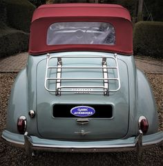 The Morris Minor 1000 Classic Luggage Carrier Morris Traveller, Old Fashioned Cars, Austin Healey Sprite, 1950, British Car, Morris Minor, Luggage Rack, First Car, Small Cars