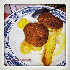 Οι λιχουδιές της Μαριφάνης: Αρωματικά μπιφτέκια με  μελωμένες πατάτες κυδωνάτε...