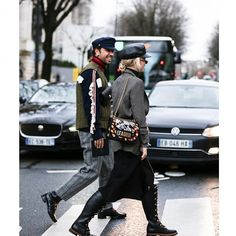 #parisfashionweek Men's @parisfashionweek | 📸 @thestreetpie #streetstyle #streetfashion #mensfashion #fashion #fashionweek #aw18 #fall18 #paris #pfw