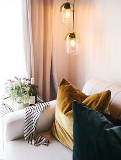 lou-brown-design-hayley-auckland-interior-design-glamour-10 Textured Wallpaper, Blown Glass Pendant Light, Furnishings, Custom Displays, Chaise Lounge, Furniture, Blown Glass Pendant, Interior Design, Home Decor