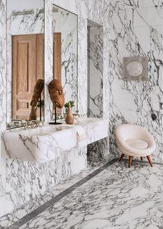 Home Interior Inspiration .Home Interior Inspiration Bathroom Trends, Bathroom Interior, Bathroom Ideas, Eclectic Bathroom, Modern Bathroom, Master Bathroom, Bathroom Inspiration, Interior Inspiration, Design Inspiration