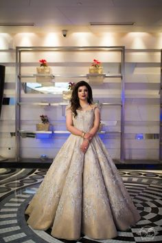 With wedding ideas and inspiration being majorly about minimalism these days, seeing a bride who went unconventionally extra with all her wedding looks was a pleasant break to the monotony! Wedding Reception Gowns, Indian Wedding Gowns, Desi Wedding Dresses, Indian Gowns Dresses, Indian Bridal Outfits, Indian Reception Outfit, Engagement Dress For Bride, Engagement Gowns, Oval Engagement