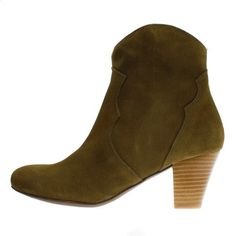 Stiefelette Claire Military Olive www. 80s Fashion, Fashion Boots, Glam Rock, Winter Shoes, Zurich, Claire, Cowboy Boots, Military, Booty