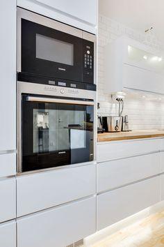 Siemens, white kitchen