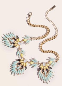 LIMITED Mint statement necklace...