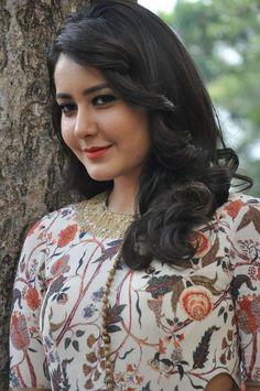Rashi Khanna Stills From Bengal Tiger Movie Beautiful Muslim Women, Beautiful Girl Indian, Most Beautiful Indian Actress, Beautiful Saree, Beautiful Actresses, Gorgeous Women, Indian Actress Photos, Indian Actresses, Beauty Full Girl