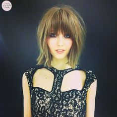 my favorite nasty gal model. can i have her hair?