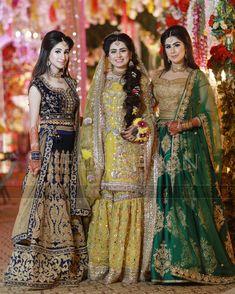 Instagram post by Fine Art Weddings-Irfan Ahson • Mar 31, 2018 at 11:49am UTC Pakistani Party Wear, Pakistani Wedding Outfits, Pakistani Dress Design, Pakistani Dresses, Indian Dresses, Pakistani Clothing, Indian Outfits, Bridal Mehndi Dresses, Desi Wedding Dresses