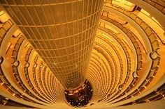 The Grand Hyatt in #Shanghai, 77th floor. Image courtesy of Piero Sierra: http://www.flickr.com/photos/piero/128591391/