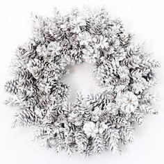 White pine cone wreath Make this beautiful winter wreath with cozy yarn and playful glittering snowballs. Window decorating ideasWinter wreath after Christmas DIY Winter Loop Yarn Wreath White Pine Cone, Pine Cone Art, Pine Cone Crafts, Pine Cones, Pine Cone Wreath, White Wreath, Diy Wreath, Tulle Wreath, Advent Wreath