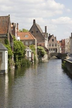 Canal and houses in the historical center of Bruges, BELGIUM