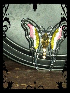 'Georgous Butterfly Broach' $14.00 + $3.25 Shipping  GREAT GIFT