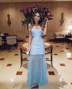 De azul para o #CasamentoKadueRaphaNoGarden! | Vestido @lolitta_oficial e Joias @elisabetegasparjoias! Gostaram!? #ootd #thassiastyle #weddingday