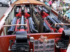 Gar Wood's 6400 Horsepower Speedboat - Four Packard V12 Engines. Part of the reason P-51's are so expensive these days.  #classicwoodraceboat  #seabuddy re-pin
