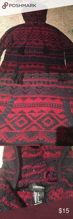 FOREVER 21 sweatshirt sweater love this sweater however it comes up super close to my neck and i don't prefer that. never worn it outside. has see through panel in the middle and a good. pocket in the front and super comfy. Forever 21 Sweaters Cowl & Turtlenecks