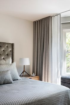 Kim Lambert Design Home Design Living Room, Master Bedroom Design, Living Room Modern, Dream Bedroom, Interior Exterior, Home Interior Design, Minimalist Curtains, Home Curtains, Ceiling Curtains