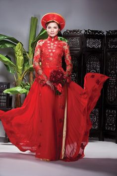 I want an ao dai that's like a dress at the bottom!    NOT wearing a khan dong (head piece)...