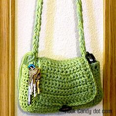Quick and Easy Hobo purse-- Free from hookcandy.com