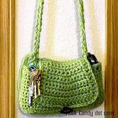 Quick and Easy Hobo purse-- Free from hookcandy.com ༺✿ƬⱤღ https://www.pinterest.com/teretegui/✿༻