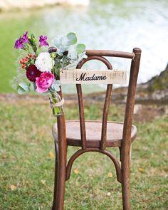 Décorer ses chaises de mariage