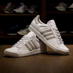 separation shoes dd7b2 c041b adidas Originals Forest Hills Wimbledon Pack