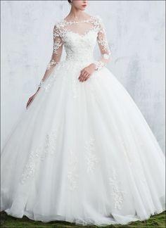 Exklusives Design Brautkleid mit langen Ärmeln
