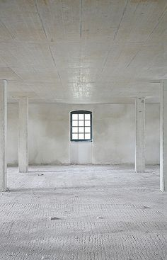 :: INTERIORS :: love the raw concrete interior #interior #concrete #interiors