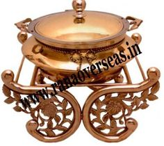 There is many copper chafing dishes manufacturers available in the market today who supply dishes at wholesale prices. Take a quote before making a purchase online. Visit here:- http://articles.org/copper-chafing-dishes-manufacturers/
